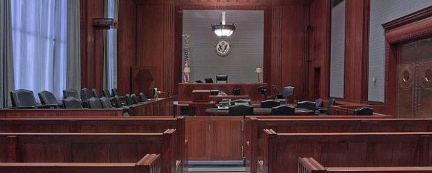 Lawyer vs. Lawyer: A study in public speaking